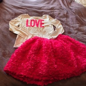 ❤️ Super cute Girls top and skirt set.Size 10-12.